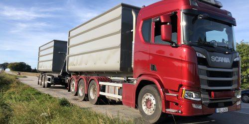 Lastbil lastväxlar containrar